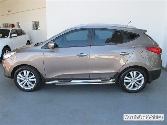 Pictures of Hyundai ix35 Automatic 2012