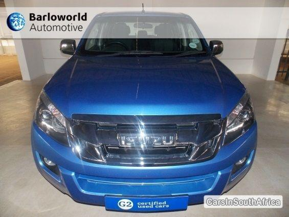 Pictures of Isuzu KB Series Automatic 2014
