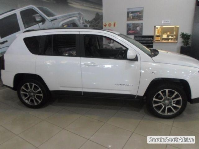 Picture of Jeep Compass Manual 2014