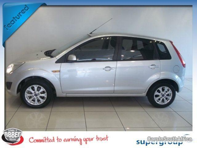 Pictures of Ford Figo Manual 2013