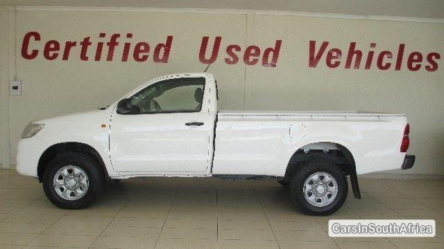 Picture of Toyota Hilux Manual 2014