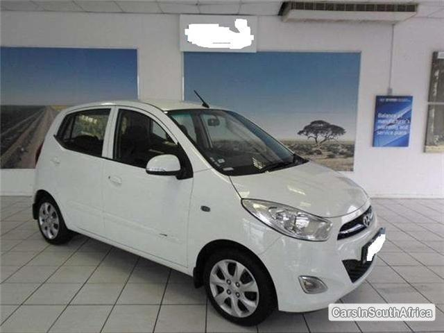 Pictures of Hyundai i10 Manual 2013