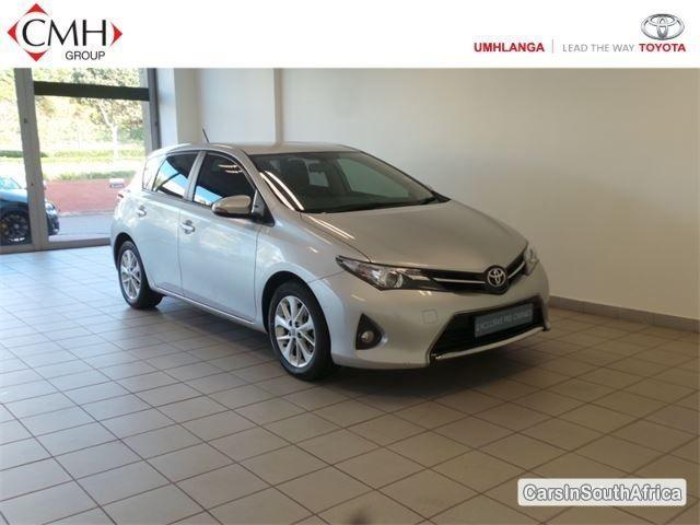 Toyota Auris Manual 2013