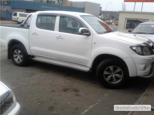 Toyota Hilux Manual 2011