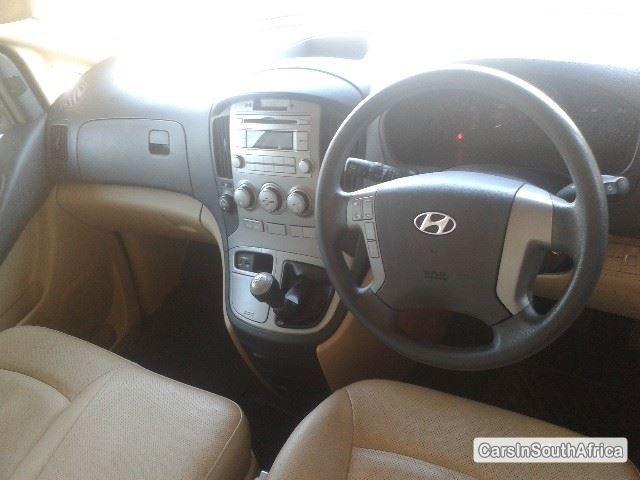 Hyundai H100 Manual 2013 - image 4