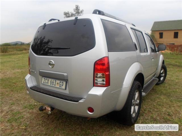 Nissan Pathfinder Automatic 2010 in South Africa