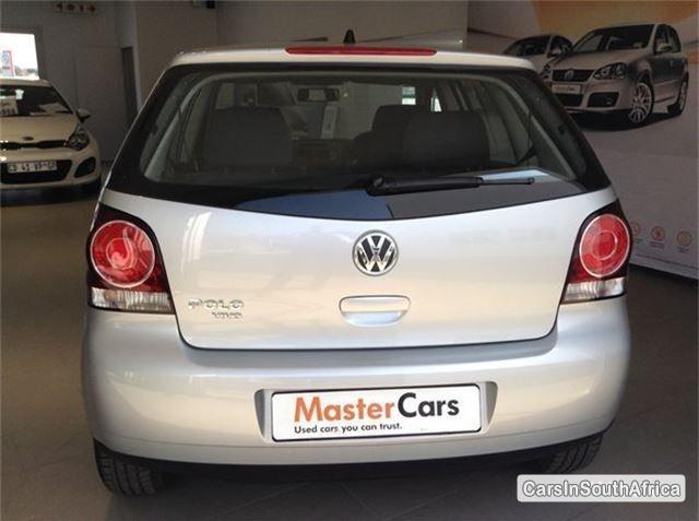Volkswagen Polo Automatic 2014 - image 4