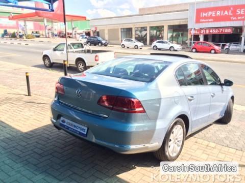 Volkswagen Passat Automatic 2011