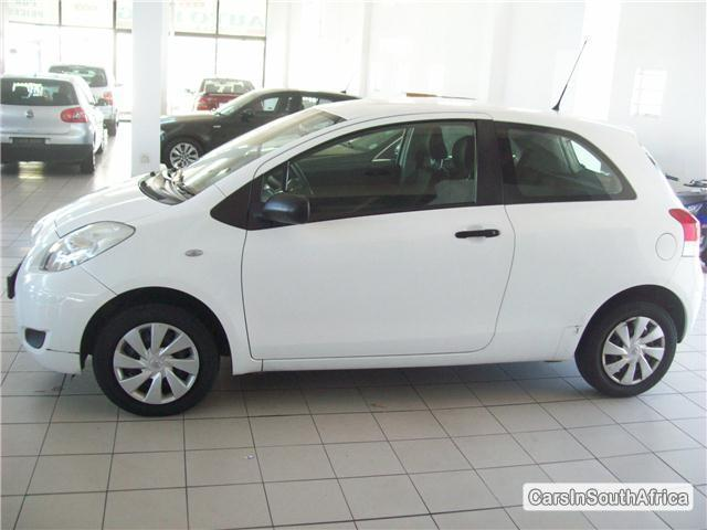 Picture of Toyota Yaris Manual 2011