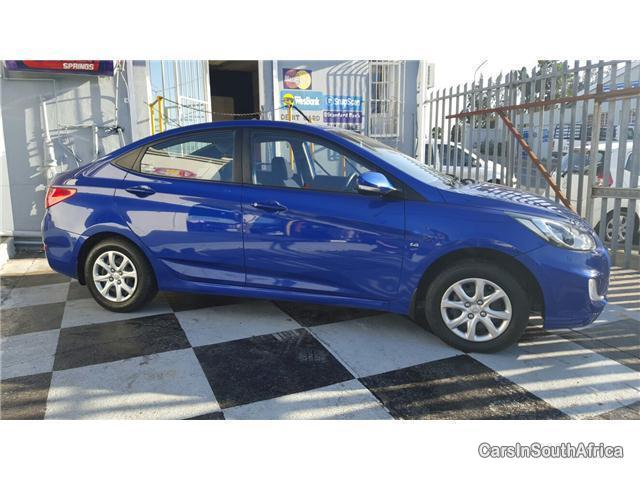 Pictures of Hyundai Accent Manual 2011