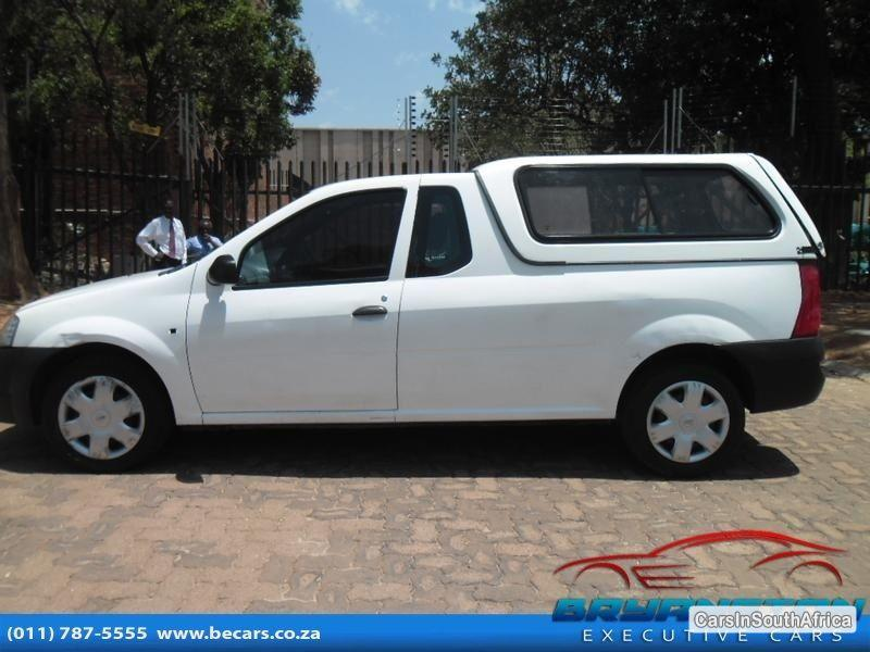 Pictures of Nissan NP200 Manual 2013