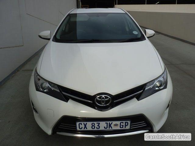 Picture of Toyota Auris Manual 2014