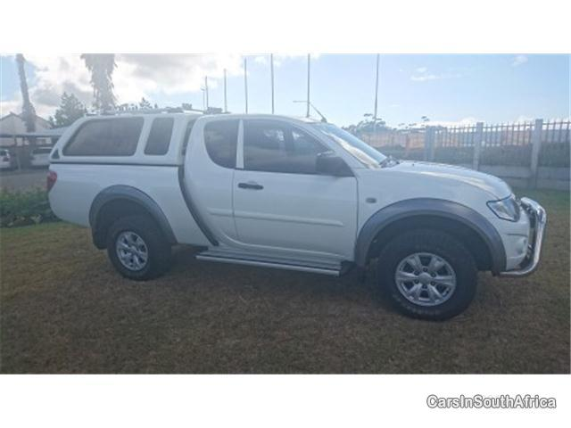 Pictures of Mitsubishi Triton Manual 2012