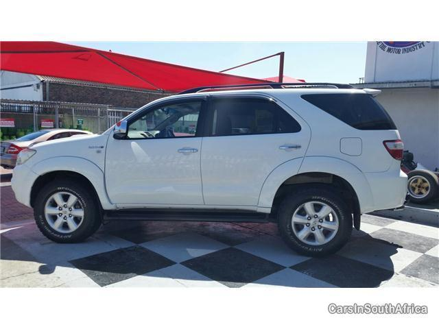 Picture of Toyota Fortuner Manual 2010