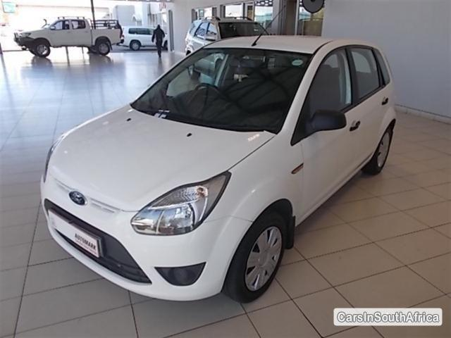 Pictures of Ford Figo Manual 2012