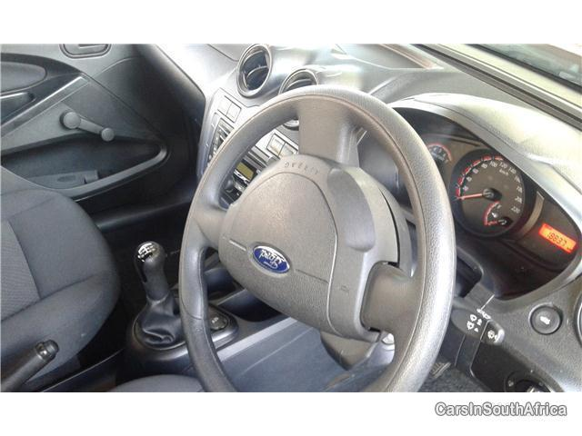 Pictures of Ford Figo Manual 2015