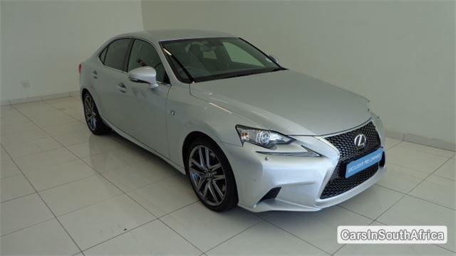 Pictures of Lexus IS Automatic 2016