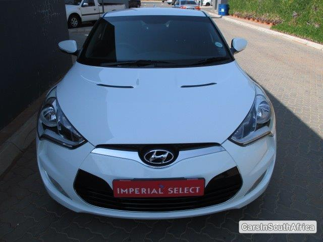 Picture of Hyundai Veloster Manual 2015