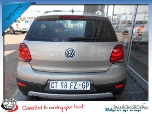 Volkswagen Polo Manual 2013 - image 4