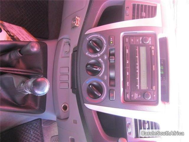 Picture of Toyota Hilux Manual 2011 in Gauteng