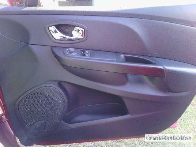 Renault Clio Manual 2013 in South Africa