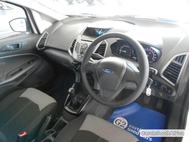 Ford EcoSport Manual 2016 - image 6