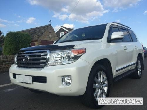 Picture of Toyota Land Cruiser Automatic 2014