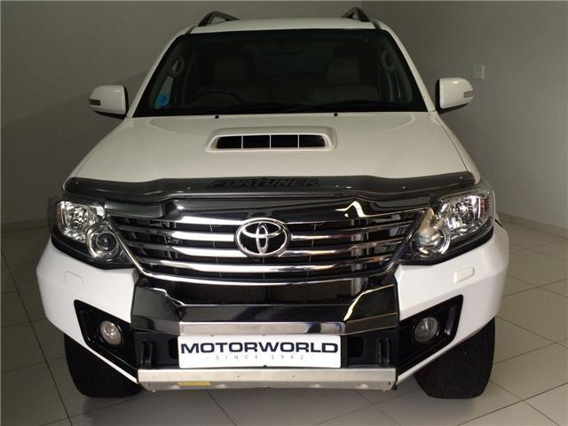 Picture of Toyota Fortuner 3.0 D-4D 4x4 Manual 2012