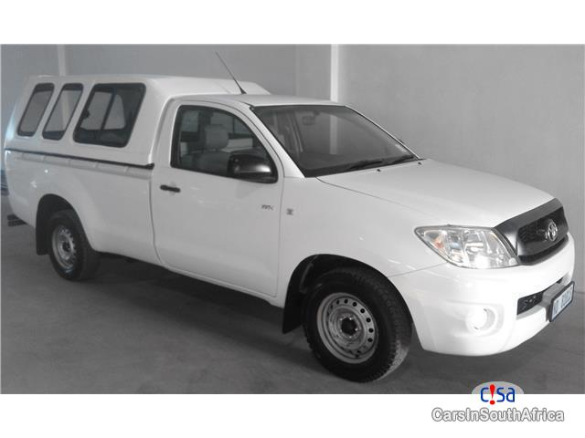 Picture of Toyota Hilux 2.0 VVT-i S/C LWB Manual 2011