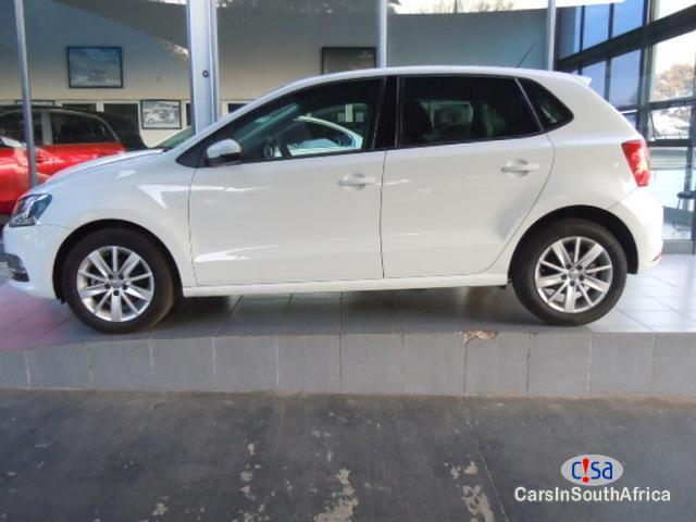 Pictures of Volkswagen Polo 1.2TSI Comfortline Manual 2014