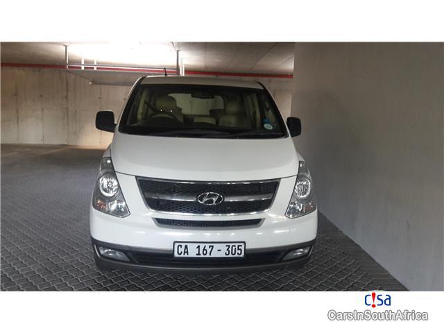 Hyundai H-1 2.5 Wagon VGT Automatic 2012 - image 2