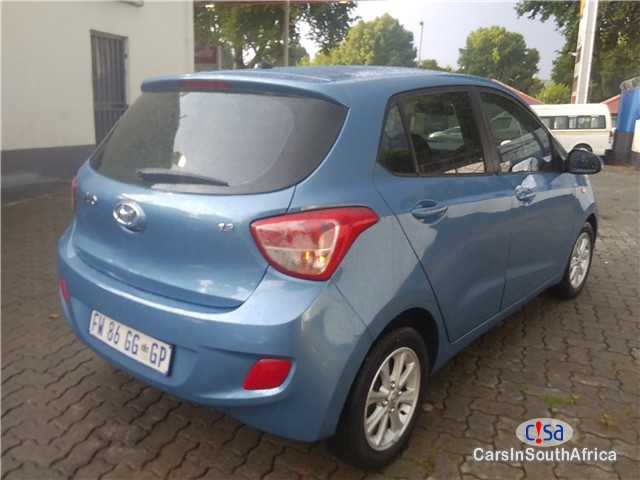 Picture of Hyundai i10 1.2 Fluid Manual 2015 in South Africa