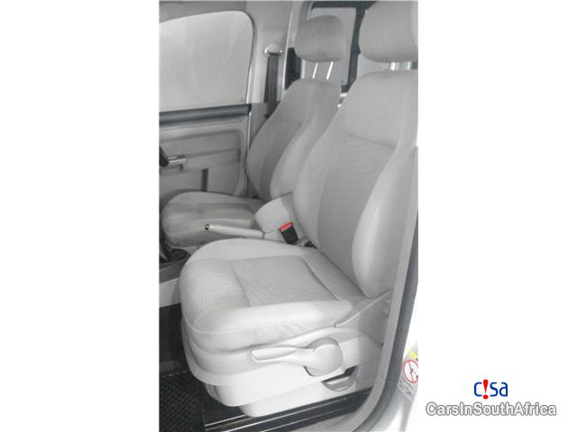 Volkswagen Caddy Kombi 1.9 TDI Life Manual 2009 in South Africa - image