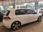 Volkswagen Golf 2 .0 Manual 2010