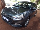 Hyundai i20 1.4 Fluid Manual 2015